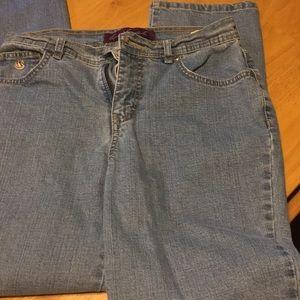 Like New Gloria Vanderbilt Jeans size 4